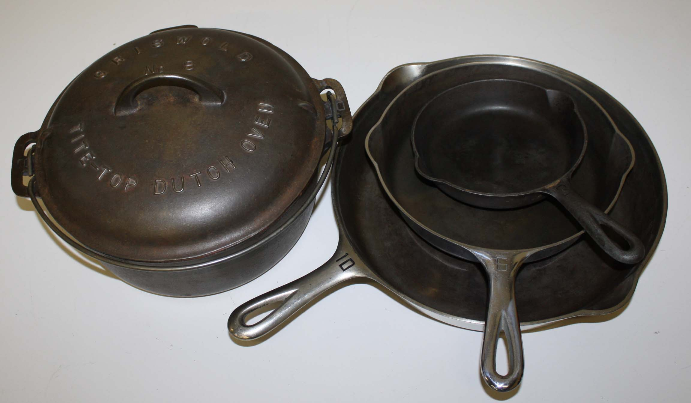 griswold cast iron cookware jpg merrill 39 s auction. Black Bedroom Furniture Sets. Home Design Ideas