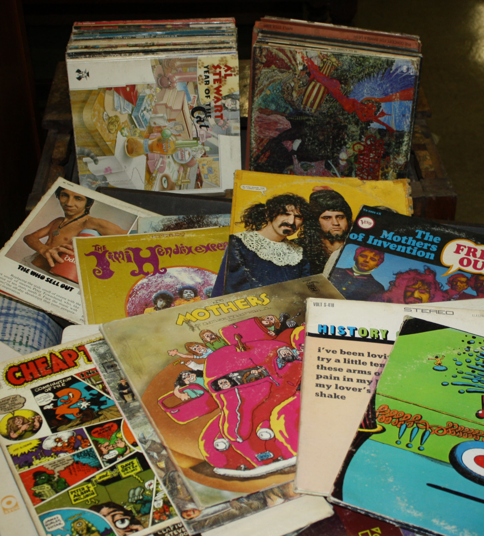Large group of Classic rock records JPG | Merrill's Auction