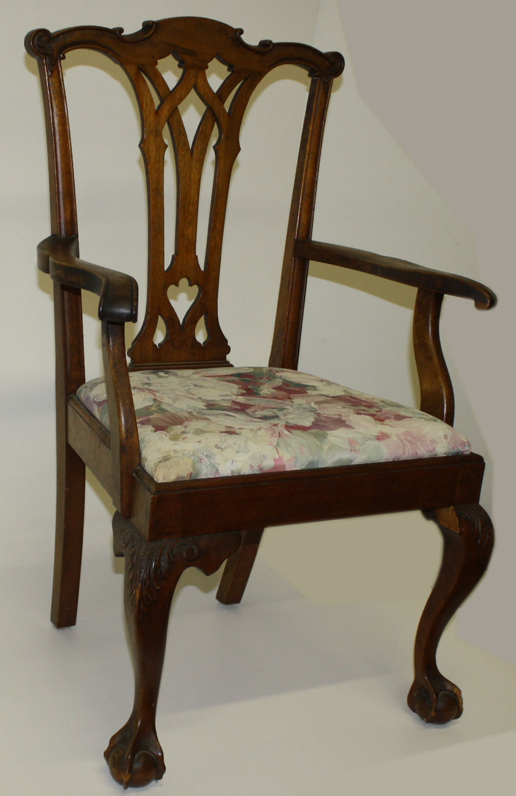 Set Of 8 Centennial Bench Made Chippendale Style Chairs.JPG